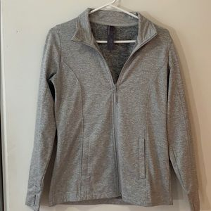 Mondetta activewear sweater